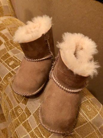 Дитячі чобітки угги