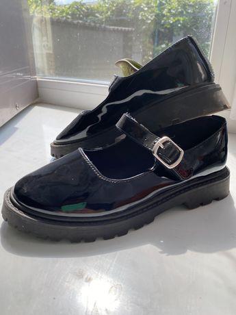 Туфли zara для стильных школьниц