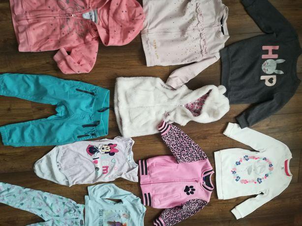 Zestaw ubrań dla dziewczynki r 86 92