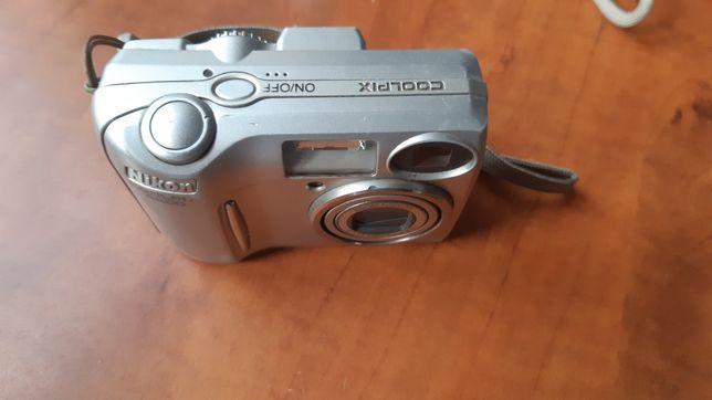 Aparat Nikon coolpix 4600