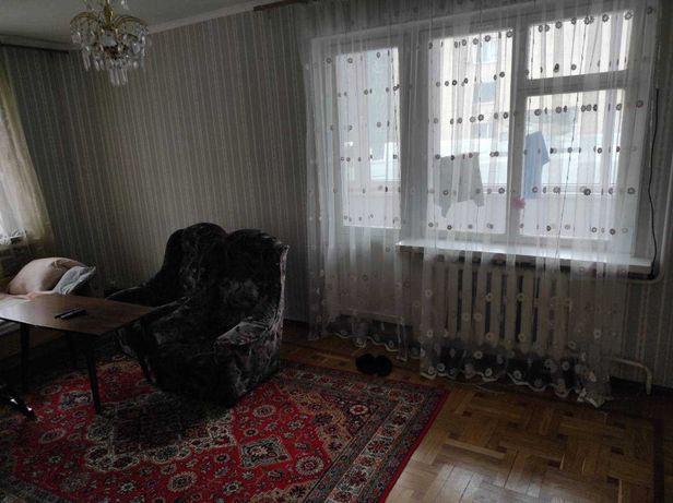 Продам 2 комн квартиру, парк Горького, 2-й этаж