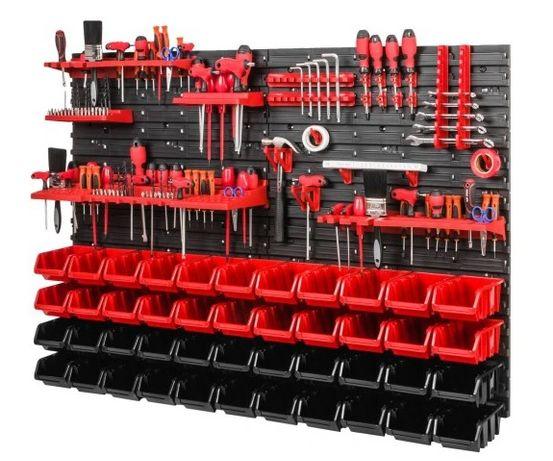 В наявності панель для інструментів 115,0*78,0 см + 44контейнера