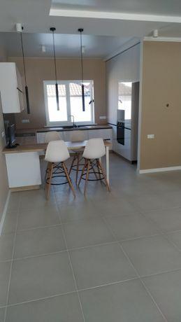 Продам уютный одноэтажный дом 150 кв.м. р-н Остров