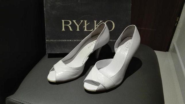 Buty damskie białe na obcasie Ryłko rozm. 36