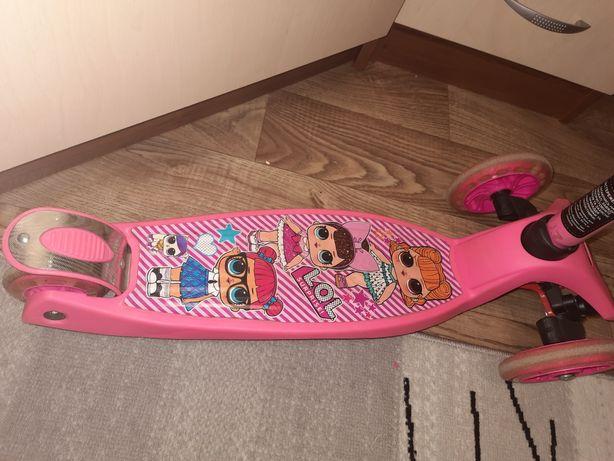 Самокат LOL для девочки розовый трёхколёсный