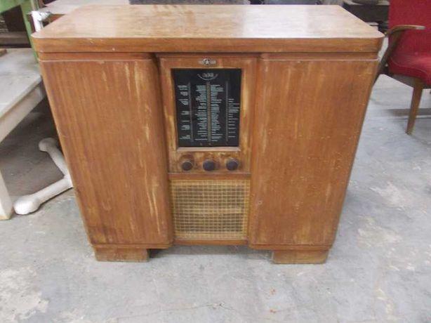 Przedwojenne radio - gramofon STERN RADIO