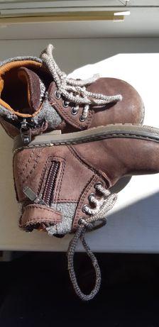 Продам ботинки на малыша