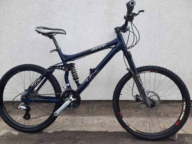 Велосипед двохпідвіс Giant  26 кол