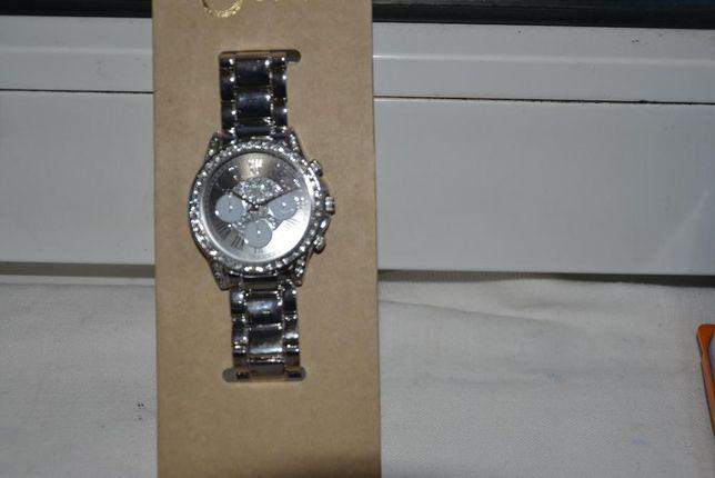 Zegarek damski kolor srebrny