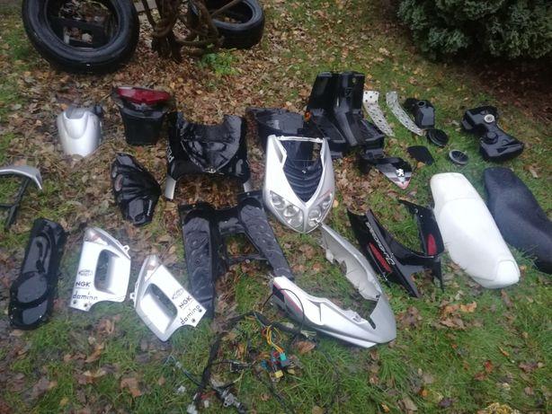 Wszystkie części Peugeot speedfight 1 2 3 plastiki kanapa kokpit ryfle