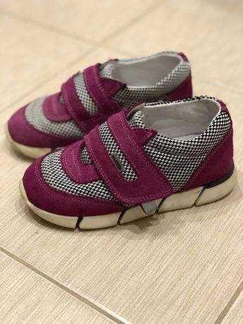 Продам кросовки Bartek для дівчинки 26 розмір фірмові