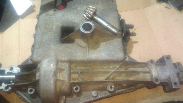 Traktorek kosiarka skrzynia  biegów na części