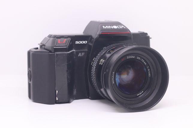 Minolta 5000 + lente minolta zoom 35-70mm analogica