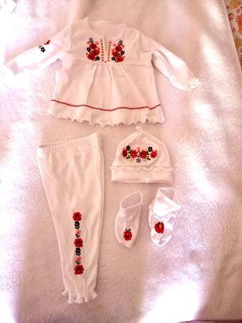 Продам вишитий, український костюмчик для дівчинки 62 розміру