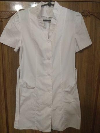 Продам женский медицинский халат