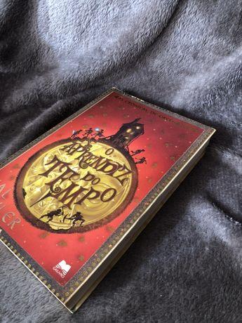 """Livro """"O Aprendiz do Tempo"""" - Val Tyler"""