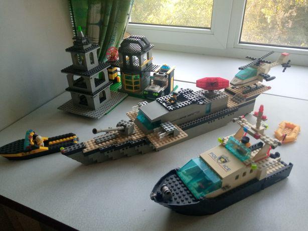 Набор конструктора лего военный и полицейский корабли, база с джипом