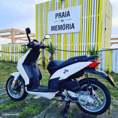 Aprilia Sportcity scooter