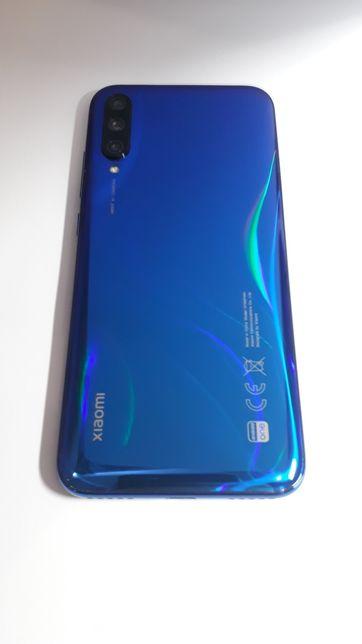 Xiaomi Mi A3- 4/64.