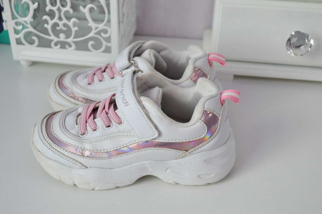 Кроссовки для девочки Sprandi 28 размер, стелька 18 см