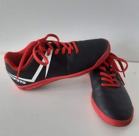 Halówki Kipsta roz. 28 wkładka 19cm buty do piłki nożnej