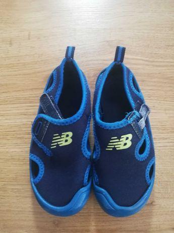 New Balance sandały roz. 26