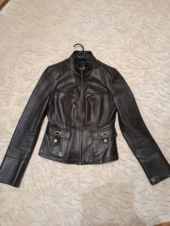 Женская кожаная курточка S 40-42