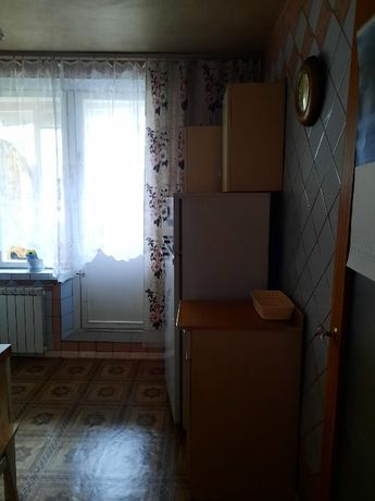 Сдам 1- комн квартиру. Борщаговка, бул. Кольцова.
