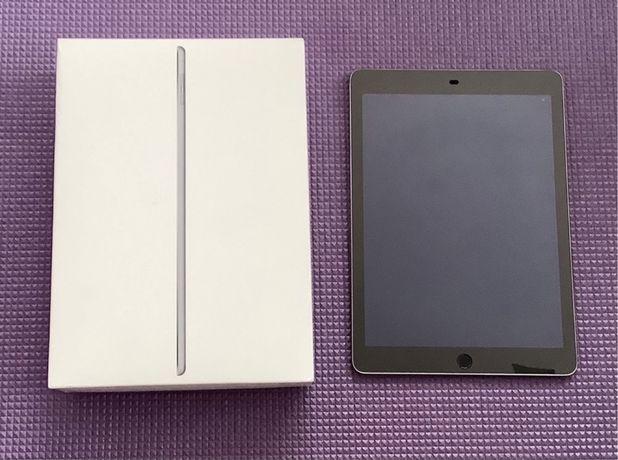 Планшет Apple A1566 iPad Air 2 Wi-Fi 16Gb Space Grey. Оригинал.