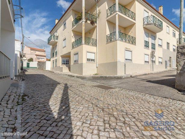 Excelente apartamento T1, em óptimas condições localizado...