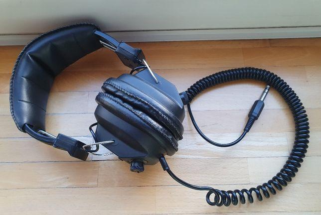 Słuchawki niemieckiej firmy Allegro SKH-440
