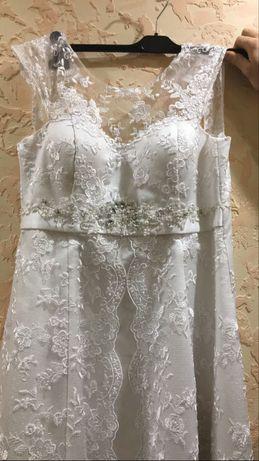 Свадебное платье одела 1 раз , было в химчистке , идеальное состояние