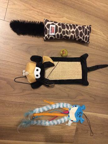 Zabawki dla kota Kong Kickeroo