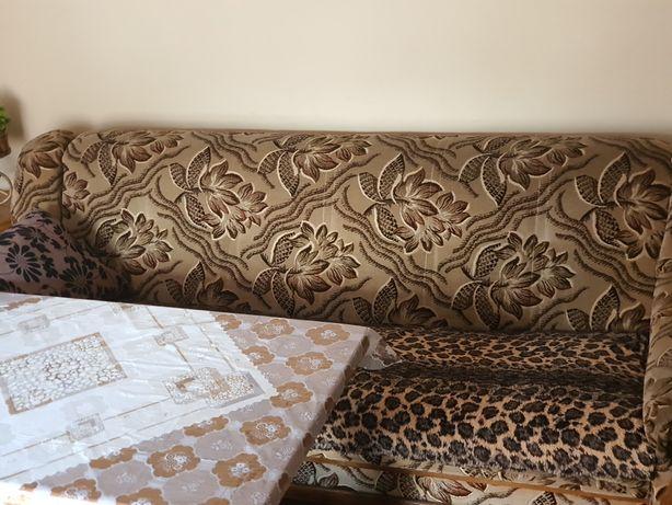 Kanapa stol zestaw wypoczynkowy