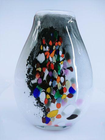 Szklany wazon – Fantazja kolorów