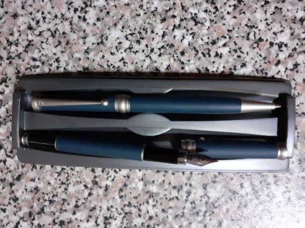 Conjunto de canetas (caneta e esferográfica) novas