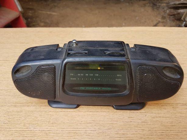 Przenośne radio FM, kompaktowe i mobilne