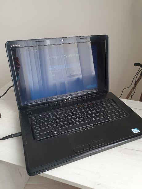 Робочий ноутбук Dell N5030 Inspiron, Windows 10 - у хорошому стані.