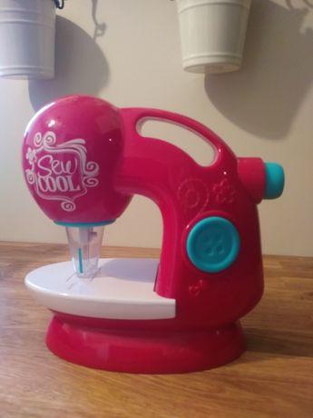 Zabawka maszyna do szycia
