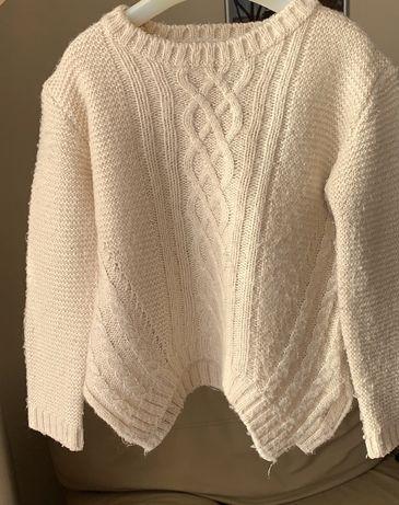 Продам свитер 104 р mayoral