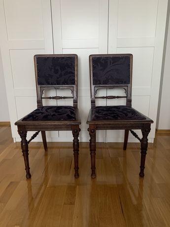 Drewniane krzesła antyczne