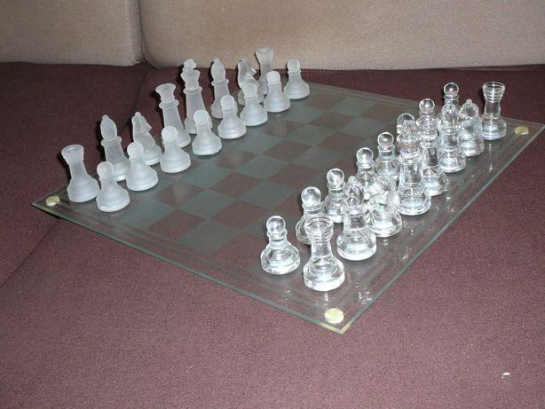 Szklane szachy warcaby i tryktrak
