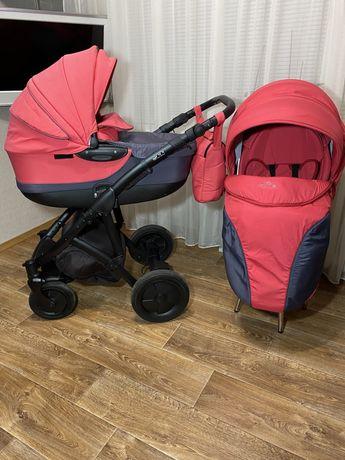 Детская коляска 2 в 1 для девочки. Не дорого. Срочно