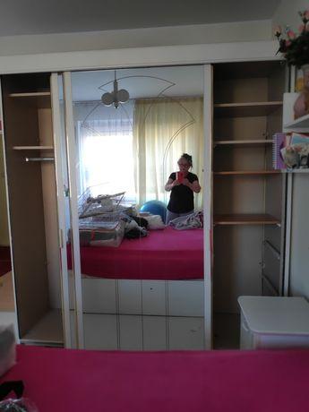 Lustra do szafy przesuwnej drzwi lustrzane