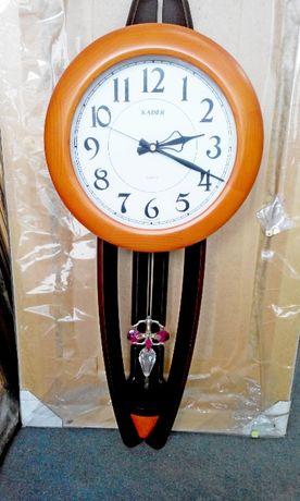 Настенные часы Kaiser Кайзер -Германия, деревянный портал, новые