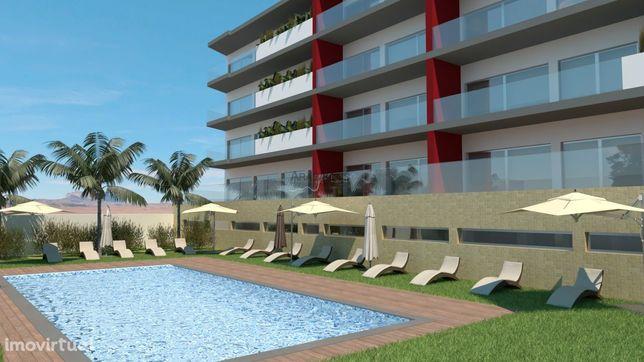 Apartamentos T2 - Piscina - Barbecue - Varandas - 2 Lugares Garagem -