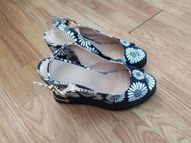 Туфли женские летние босоножки 39р. Торг