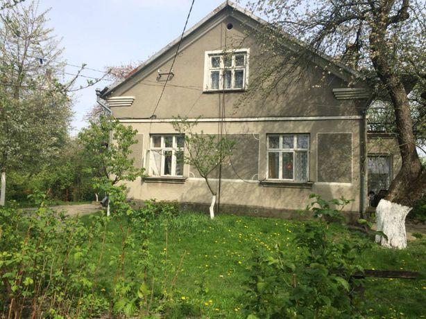 Цегляний будинок в Добротворі