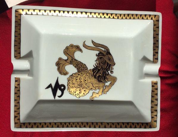 """Cinzeiro Capricornio em porcelana de Limoges"""""""