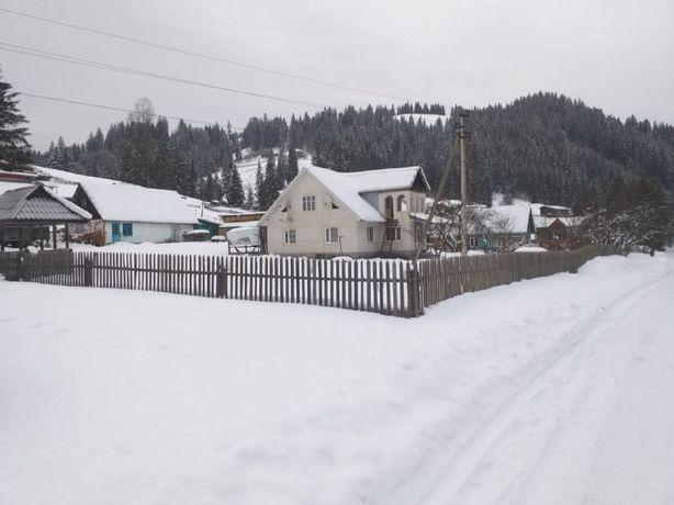 Будинокв мальовничому регіоні Карпат